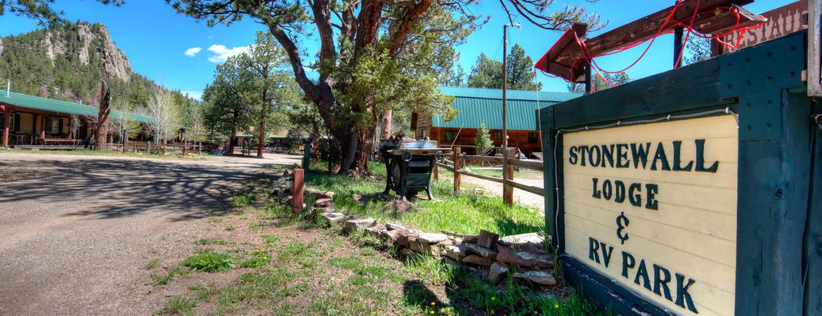 Reservations at StoneWall Lodge in Weston, Colorado